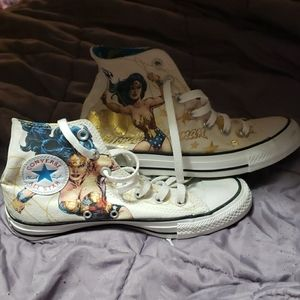 Limited edition wonder woman converse high tops